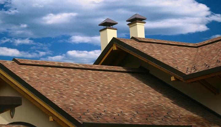 Каркасная крыша с мягкой кровлей.